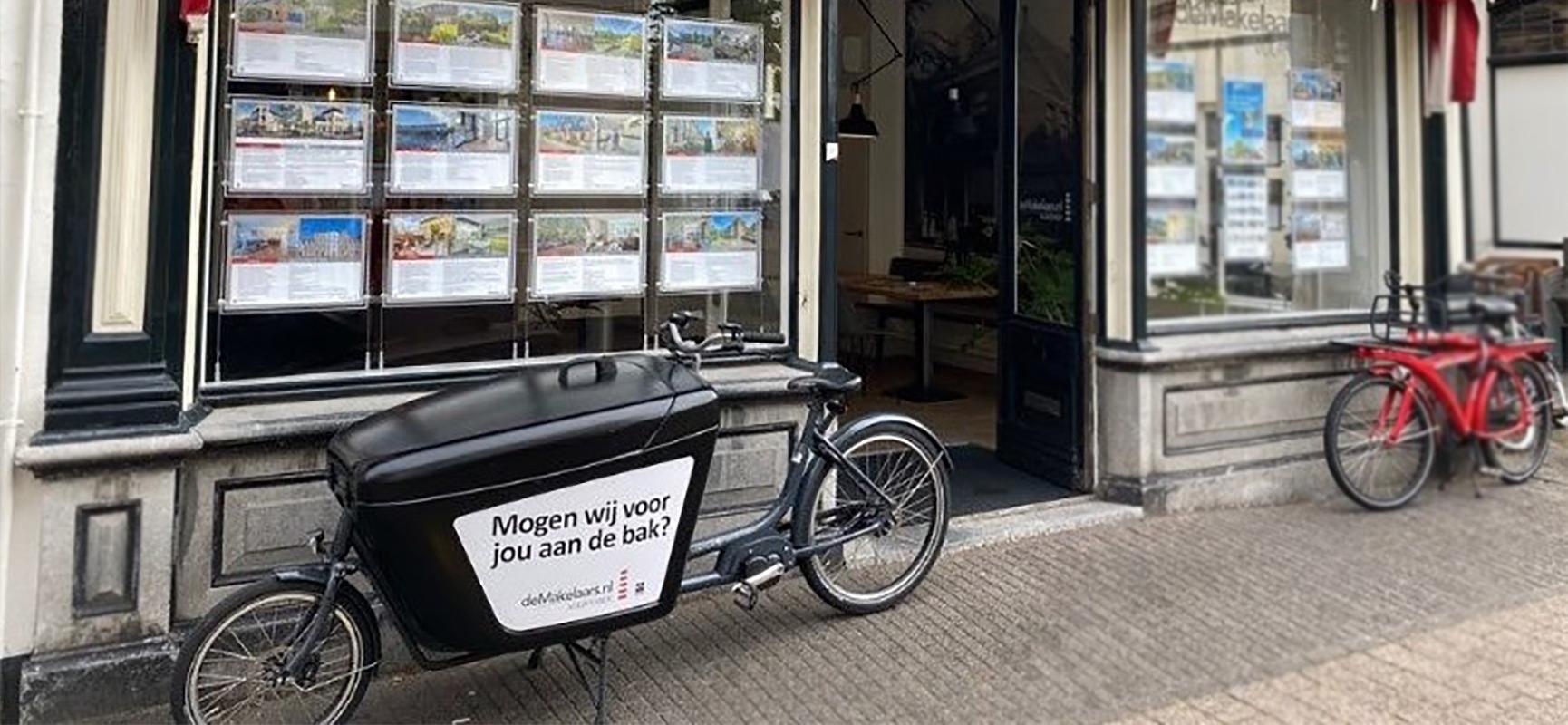 Vuurtoren | deMakelaars.nl en hun Babboe Pro bakfiets